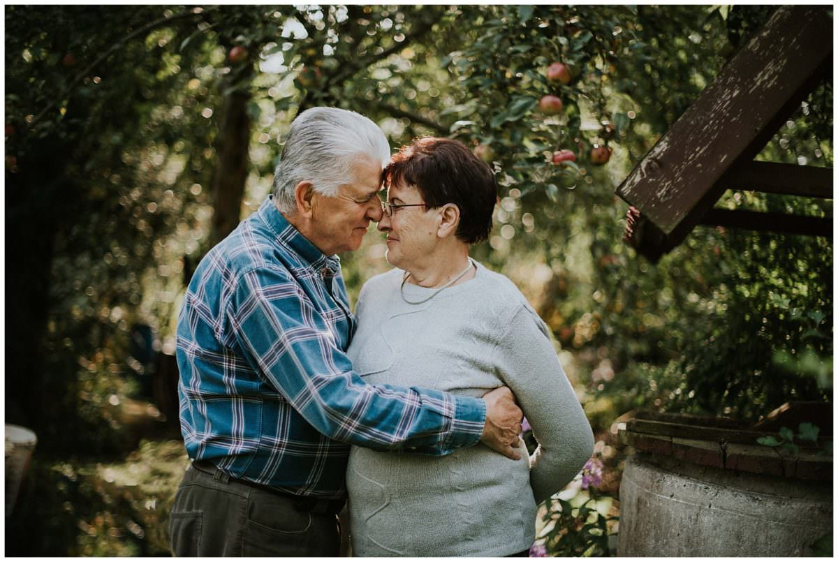 Grandparents in love photo session Edinburgh photographer