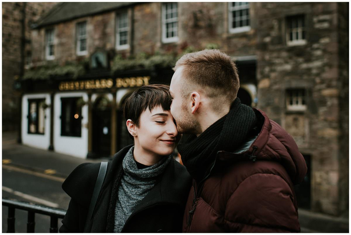 Edinburgh couple photoshoot - photographer Edinburgh Scotland