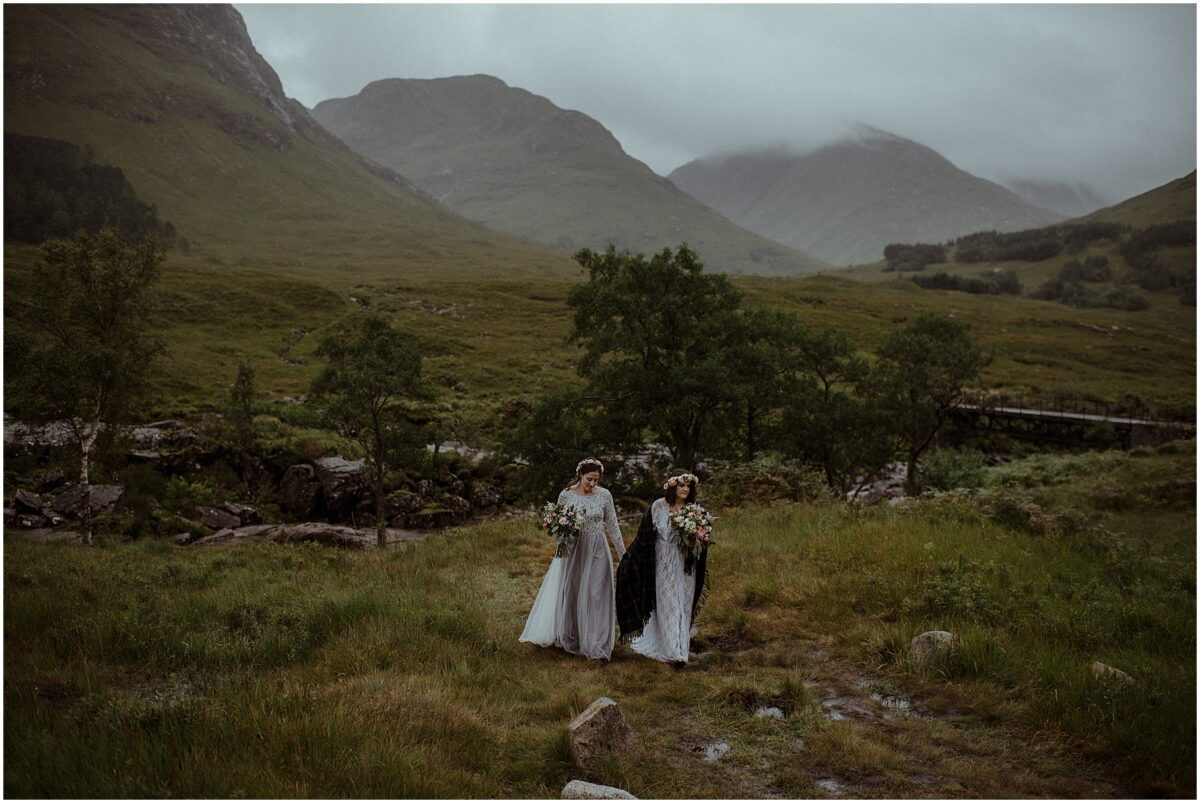 Lesbian wedding in Scotland - Scotland elopement photographer