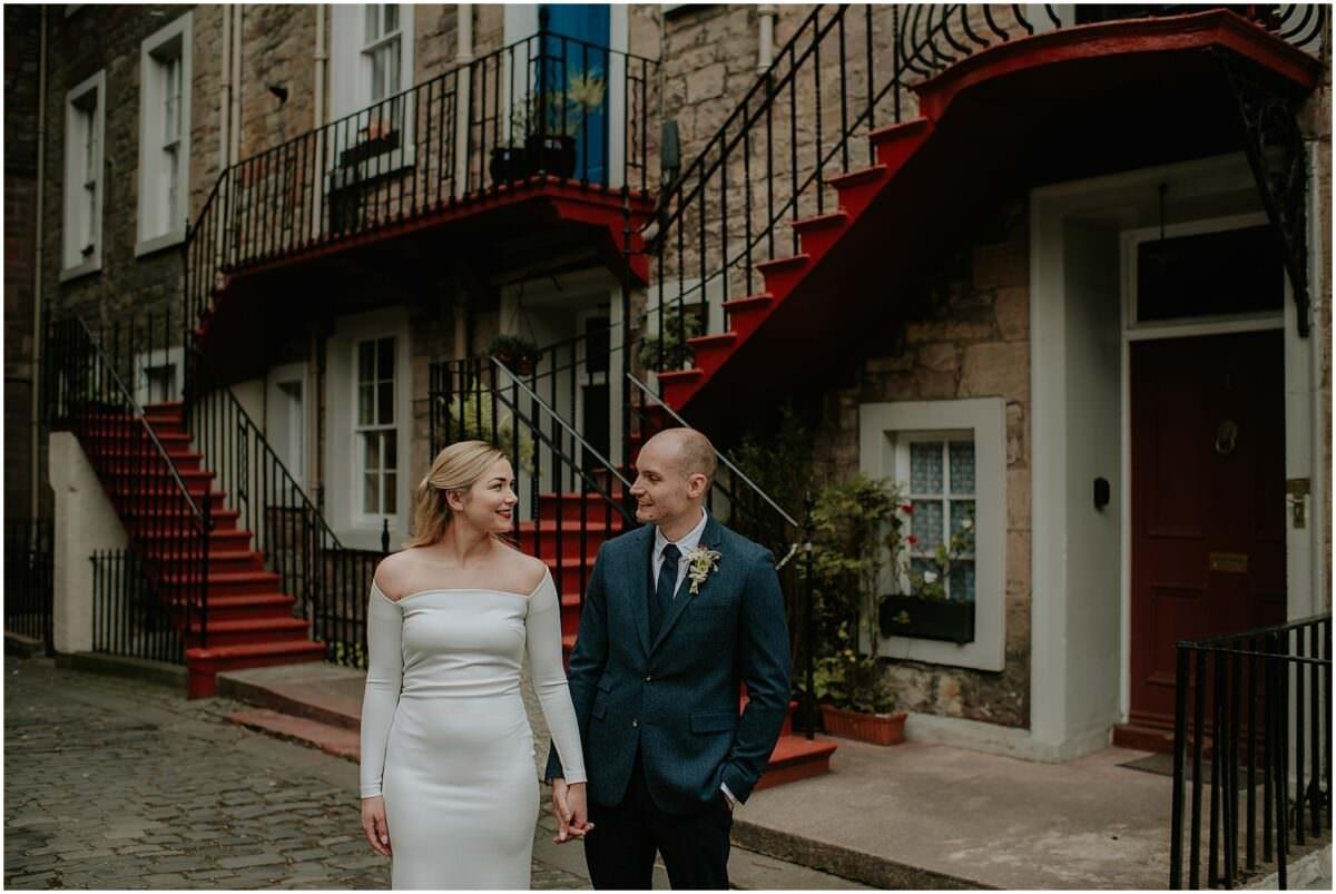 Edinburgh Old town wedding photos - Edinburgh elopement wedding photographer Scotland
